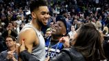 Karl-Anthony Towns festeja pase a Playoffs de NBA