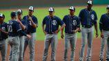Jugadores de San Diego Padres previo al encuentro contra Diablos