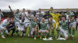 Jugadores del Celtic festejan título