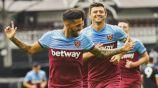 Manuel Lanzini festeja el gol de la victoria ante el Fulham