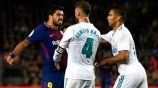 Acción en el Clásico de La Liga entre Barcelona y Real Madrid