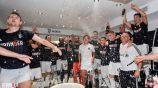 Jugadores de la Juventus celebran título de la Serie A