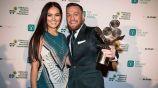Conor McGregor junto a prometida Dee Devlin