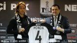 Keisuke Honda como jugador delNeftchíazerbaiyano