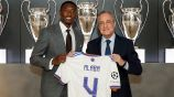 Alaba recibe el número '4' con el Real Madrid