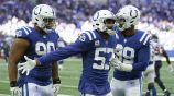 Jugadores de Colts tras una intercepción a Texans