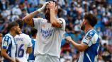 Karim Benzema reacciona durante partido del Real Madrid frente al Espanyol