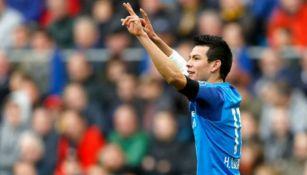 Hirving Lozano festeja un gol con los Granjeros