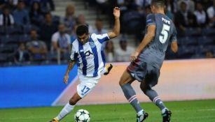 Corona, durante un partido con el Porto