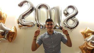 Raúl Jiménez presume una foto recibiendo año nuevo