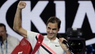 Roger Federer celebra tras su pase a la Final del Abierto de Australia