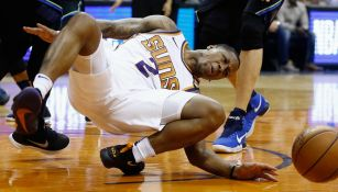 Momento en que Isaiah Canaan cae y su pierna se le rompe