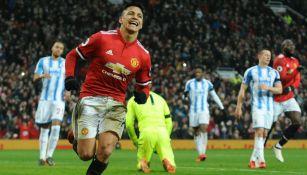 Alexis Sánchez celebra un gol con el Manchester United