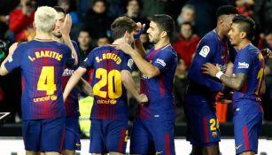 Jugadores del Barcelona celebran un gol