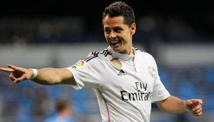 Javier Hernández celebra un gol con el Real Madrid