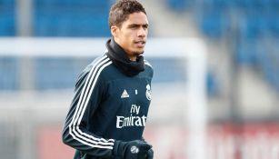 Raphael Varane en entrenamiento del Real Madrid