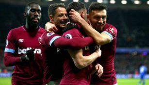 Jugadores del West Ham festejan un gol