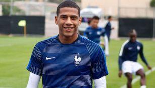 Todibo tras una práctica con la selección de Francia