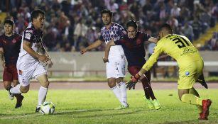 Juan de Alba y Alan Cervantes en el partido de Copa MX