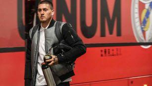 Nicolás Castillo arriba a la concentración con el Benfica