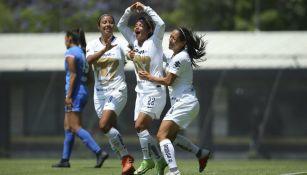 Patricia Jardón festeja gol contra Cruz Azul