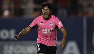 Nicolás Ibañez festeja un gol con el Atlético San Luis