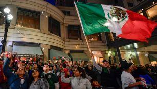 Afición mexicana alienta al Tri