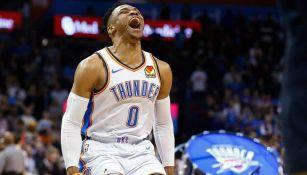 Russell Westbrook grita de emoción tras triunfo del Thunder