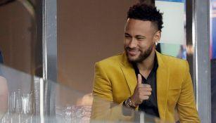 Neymar presente en el partido entre Brasil y Argentina