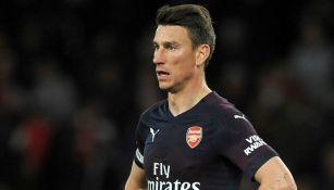 Laurent Koscielny en un partido con Arsenal