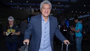 Chucho Ramírez, en su llegada al aeropuerto de la CDMX