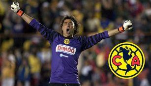 Memo Ochoa en un partido con el América