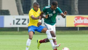 Joao Maleck durante un juego de México y Brasil