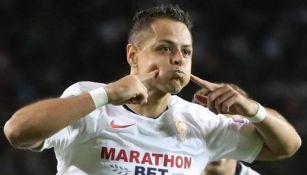 Javier Hernández grita tras marcar un golazo frente al Qarabag