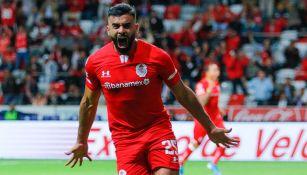 Alexis Canelo festeja gol contra Atlético de San Luis