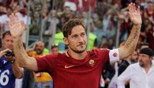 Francesco Totti en un partido con la Roma