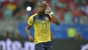 Enner Valencia en un partido con Ecuador
