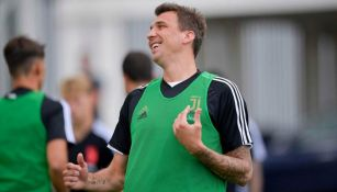 Mandzukic en un entrenamiento con la Juventus