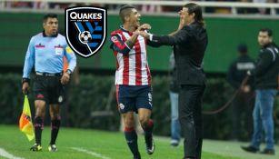 Almeyda y Pulido se abrazan en juego de Chivas
