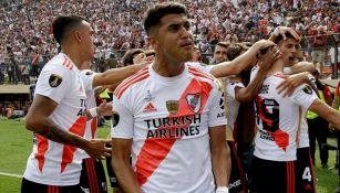 Exequiel Palacios festeja con River