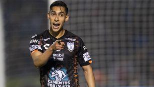 Erick Gutiérrez en partido con Pachuca