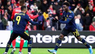 Saka celebra su anotación contra el Standard