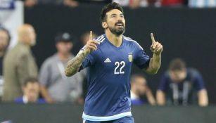 Lavezzi festeja un gol con la selección argentina