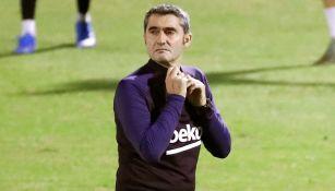 Ernesto Valverde, durante el entrenamiento del Barcelona