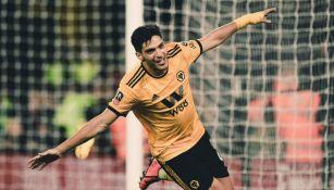 Jiménez festeja gol con Wolves