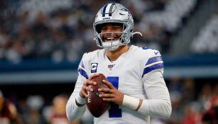 ¿Dak Prescott rechazó contrato de 175 millones de dólares de Cowboys?