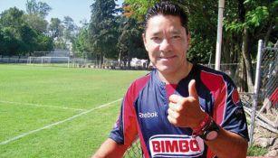 Marco Fabián Vázquez en un entrenamiento con Chivas