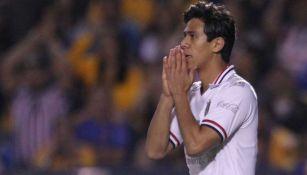 JJ Macías en lamento con Chivas