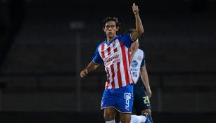 JJ Macías celebra un gol en la Copa por México