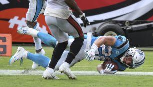 Christian McCaffrey en acción con Panthers